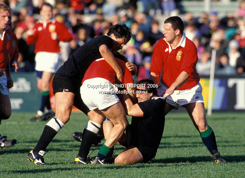 Zinzan Brook and Norm Hewitt in action for the NZ Maori during the 1993 British and Irish Lions tour to New Zealand. Photo: PHOTOSPORT<br /> New Zealand Maori v British &amp; Irish Lions at Wellington, 29 May 1993.