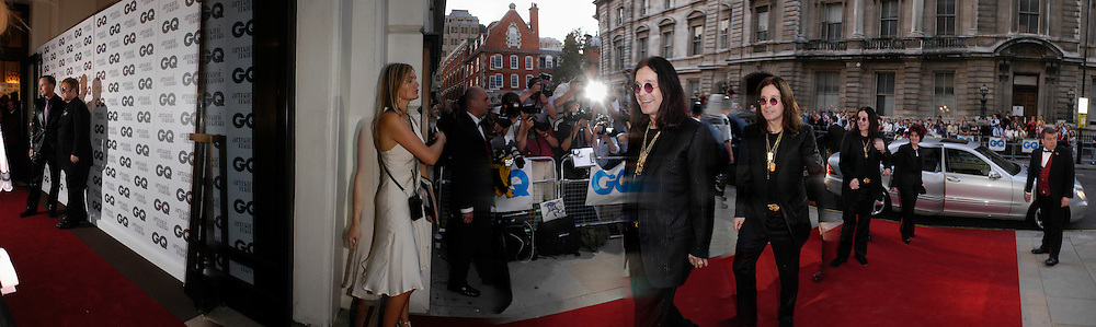 Sir Elton John and David Furnish, Ozzy and Sharon Osborne, The 7th GQ Man of the Year Awards. RRoyal Opera House in association with Armani Mania. 7 September 2004. SUPPLIED FOR ONE-TIME USE ONLY> DO NOT ARCHIVE. © Copyright Photograph by Dafydd Jones 66 Stockwell Park Rd. London SW9 0DA Tel 020 7733 0108 www.dafjones.com