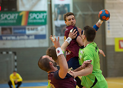 09.12.2014, Sporthalle, Leoben, AUT, OeHB-Cup Achtelfinale, Union JURI Leoben vs SG INSIGNIS Handball West Wien, im Bild Domagoj Surac (Leoben), Stephan Jandl (Leoben), Alexander Hermann (West Wein) // durning the OeHB-Cup, Round of the last sixteen, between, Union JURI Leoben vs SG INSIGNIS Handball West Wien at the Sport Hall, Leoben, Austria on 2014/12/09, EXPA Pictures © 2014, PhotoCredit: EXPA/ Dominik Angerer