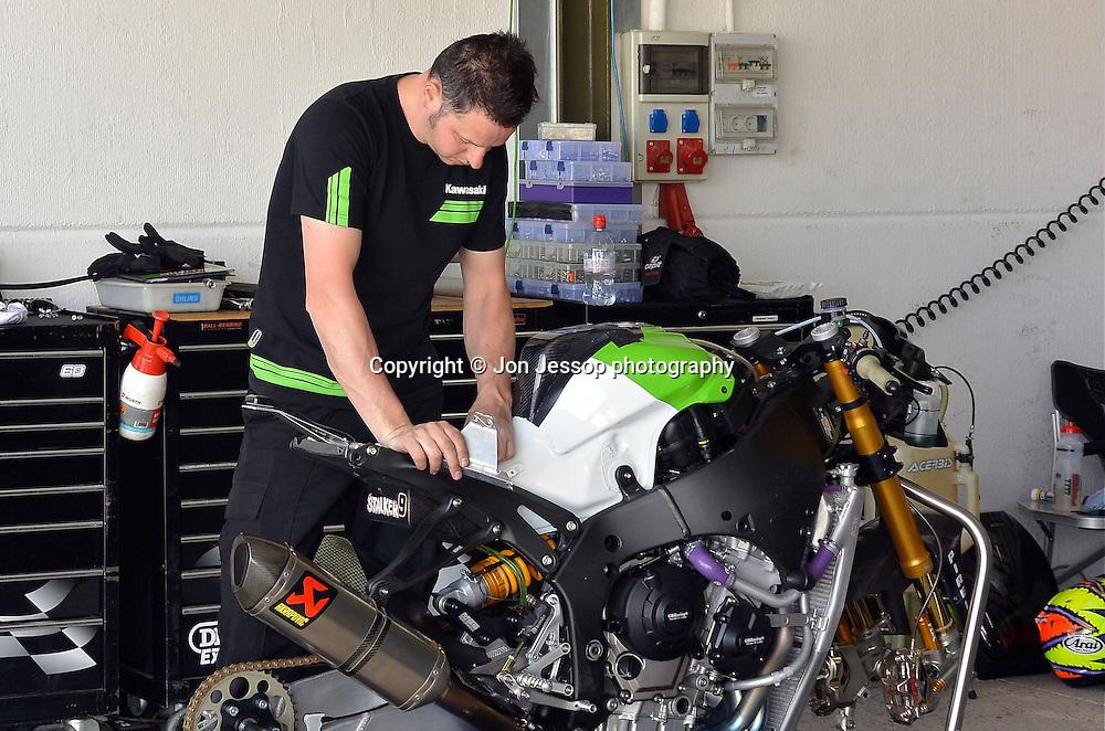 #9  Chris Walker GB Moto Kawasaki British Superbikes