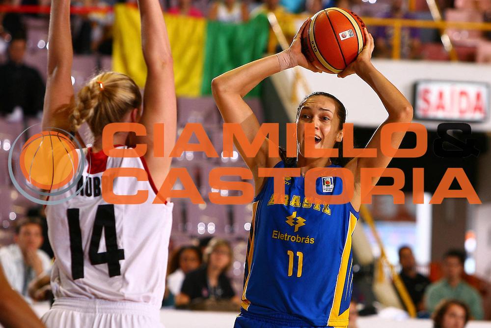 DESCRIZIONE : San Paolo Sao Paolo Brasile Brazil World Championship for Women 2006 Campionati Mondiali Donne Brazil-Canada<br /> GIOCATORE : Zakrzeski<br /> SQUADRA : Brazil Brasile Canada<br /> EVENTO : San Paolo Sao Paolo Brasile Brazil World Championship for Women 2006 Campionati Mondiali Donne Brazil-Canada<br /> GARA : Brazil Canada Brasile Canada<br /> DATA : 18/09/2006 <br /> CATEGORIA : <br /> SPORT : Pallacanestro <br /> AUTORE : Agenzia Ciamillo-Castoria/E.Castoria <br /> Galleria : world championship for women 2006<br /> Fotonotizia : San Paolo Sao Paolo Brasile Brazil World Championship for Women 2006 Campionati Mondiali Donne Brazil-Canada<br /> Predefinita :