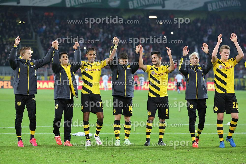13.02.2015, Signal Iduna Park, Dortmund, GER, 1. FBL, Borussia Dortmund vs 1. FSV Mainz 05, 21. Runde, im Bild vl: Marco Reus (Borussia Dortmund #11), Shinji Kagawa (Borussia Dortmund #7), Pierre-Emerick Aubameyang (Borussia Dortmund #17), Milos Jojic (Borussia Dortmund #14), Ilkay Guendogan (Borussia Dortmund #8), Kevin Kampl (Borussia Dortmund #23) und Matthias Ginter (Borussia Dortmund #28) bei der La Ola Welle mit den Fans // during the German Bundesliga 21th round match between Borussia Dortmund and 1. FSV Mainz 05 at the Signal Iduna Park in Dortmund, Germany on 2015/02/13. EXPA Pictures &copy; 2015, PhotoCredit: EXPA/ Eibner-Pressefoto/ Schueler<br /> <br /> *****ATTENTION - OUT of GER*****