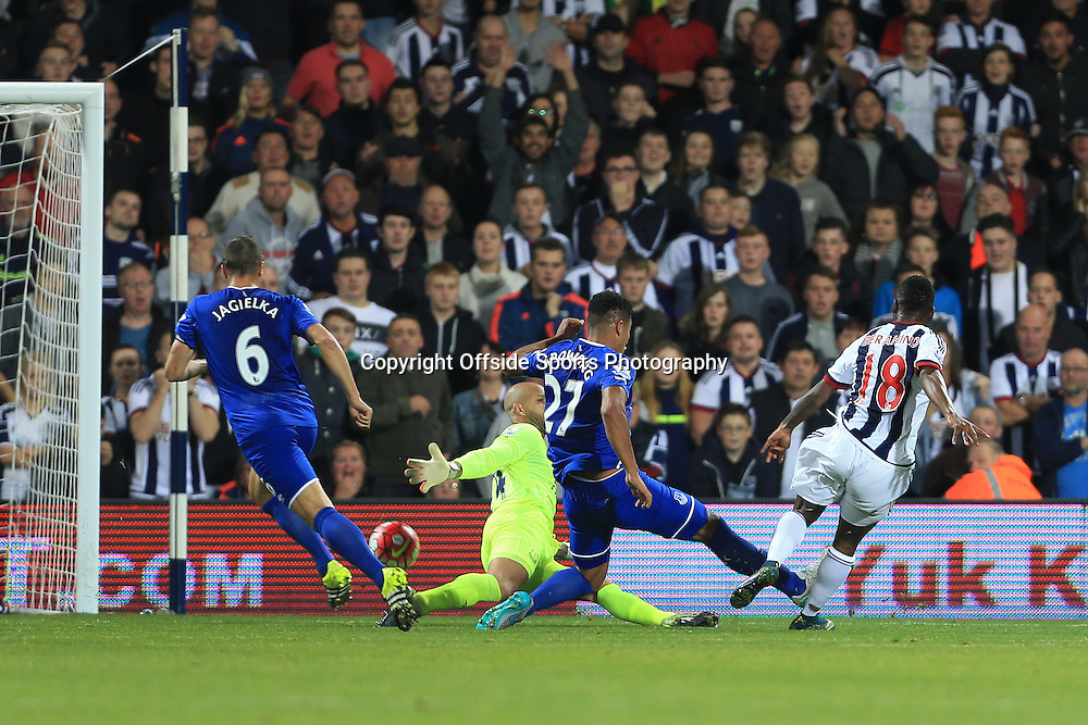 28th September 2015 - Barclays Premier League - West Bromwich Albion v Everton - Saido Berahino of West Brom scores their 1st goal - Photo: Simon Stacpoole / Offside.