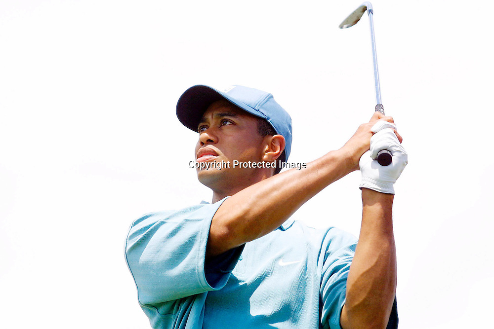 08/01/2001 Tiger Woods tees off at the Paraparaumu Beach Golf Club in Wellington on Tuesday. Photo by Marty Melville Photosport NZ