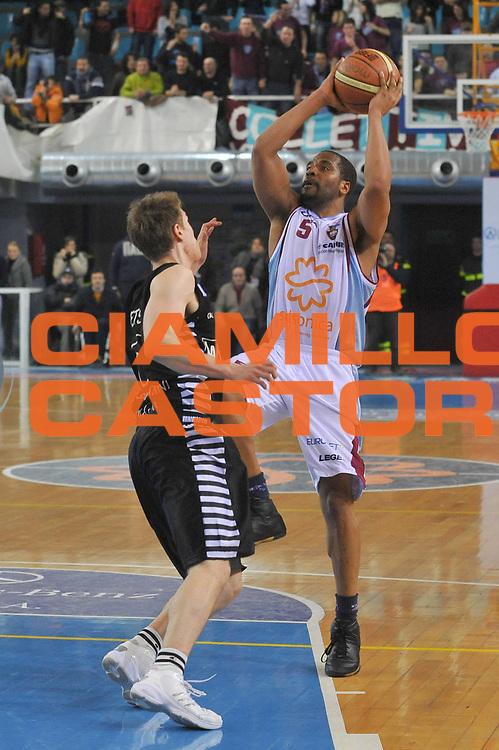 DESCRIZIONE : Rieti Lega A1 2008-09 Solsonica Rieti La Fortezza Virtus Bologna<br /> GIOCATORE : Jerry Green <br /> SQUADRA : Solsonica Rieti<br /> EVENTO : Campionato Lega A1 2008-2009 <br /> GARA : Solsonica Rieti La Fortezza Virtus Bologna<br /> DATA : 07/03/2009 <br /> CATEGORIA : Tiro<br /> SPORT : Pallacanestro <br /> AUTORE : Agenzia Ciamillo-Castoria/E.Grillotti