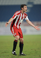 Fussball 1. Bundesliga  Saison   2010/2011   08.01.2011 FC Bayern Muenchen -  Al Wakrah Sport Club Mark van Bommel (FC Bayern Muenchen)