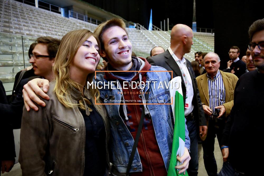Maria Elena Boschi posa per selfie e foto ricordo con militanti del PD, in occasione della manifestazione di apertura della campagna elettorale del Partito Democratico per le elezioni europee e amministrative. 12 aprile 2014 Palaolimpico di Torino