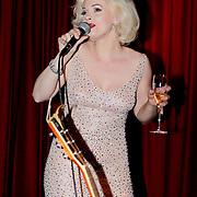 NLD/Amsterdam/20111001 - Verjaardag Mayday 2011, Marilyn Monroe lookalike