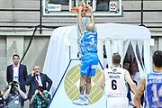 DESCRIZIONE : Final Eight Coppa Italia 2015 Desio Quarti di Finale Dinamo Banco di Sardegna Sassari - Vanoli Cremona<br /> GIOCATORE : David Logan<br /> CATEGORIA : Schiacciata Sequenza Controcampo<br /> SQUADRA : Dinamo Banco di Sardegna Sassari<br /> EVENTO : Final Eight Coppa Italia 2015 Desio<br /> GARA : Dinamo Banco di Sardegna Sassari - Vanoli Cremona<br /> DATA : 20/02/2015<br /> SPORT : Pallacanestro <br /> AUTORE : Agenzia Ciamillo-Castoria/L.Canu