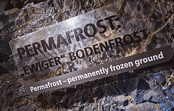 THEMENBILD - Permafrost Schriftzug in der Gipfelwelt 3000 am Kitzsteinhorn, aufgenommen am 16. Juli 2019 in Kaprun, Österreich // Permafrost lettering in the summit world 3000 at the Kitzsteinhorn, Kaprun, Austria on 2019/07/16. EXPA Pictures © 2019, PhotoCredit: EXPA/ JFK