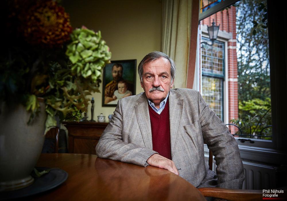 Den Haag, 23 oktober 2014 - Portret van journalist Alexander Munninghoff<br /> Foto: Phil Nijhuis
