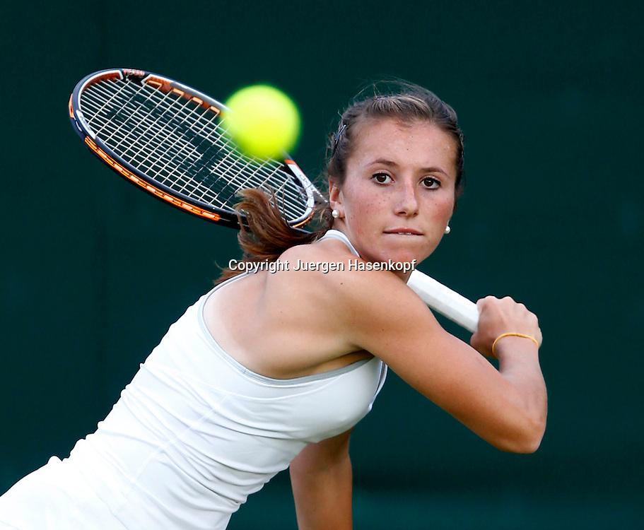 Wimbledon Championships 2013, AELTC,London,<br /> ITF Grand Slam Tennis Tournament,<br /> Annika Beck (GER),Aktion,Einzelbild,Halbkoerper,Querformat,