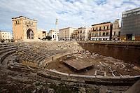 Anfiteatro romano di Lecce, durante l'annuale costruzione del presepe al suo interno.
