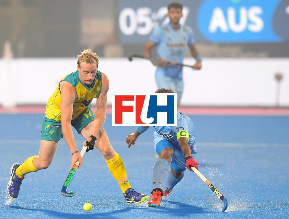 Odisha Men's Hockey World League Final Bhubaneswar 2017<br /> Match id:02<br /> Australia v India<br /> Foto: ZALEWSKI Aran in dual with SINGH Manpreet (C)<br /> WORLDSPORTPICS COPYRIGHT FRANK UIJLENBROEK