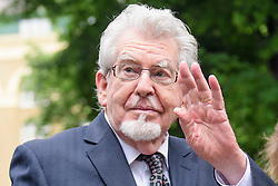 © Licensed to London News Pictures. 22/05/2017. London, UK.  Entertainer ROLF HARRIS arrives at Southwark Crown Court in London. Harris, who was jailed on twelve counts of indecent assault on four female victims in 2012, is now standing trial accused of further indecent assaults. Photo credit: Ben Cawthra/LNP