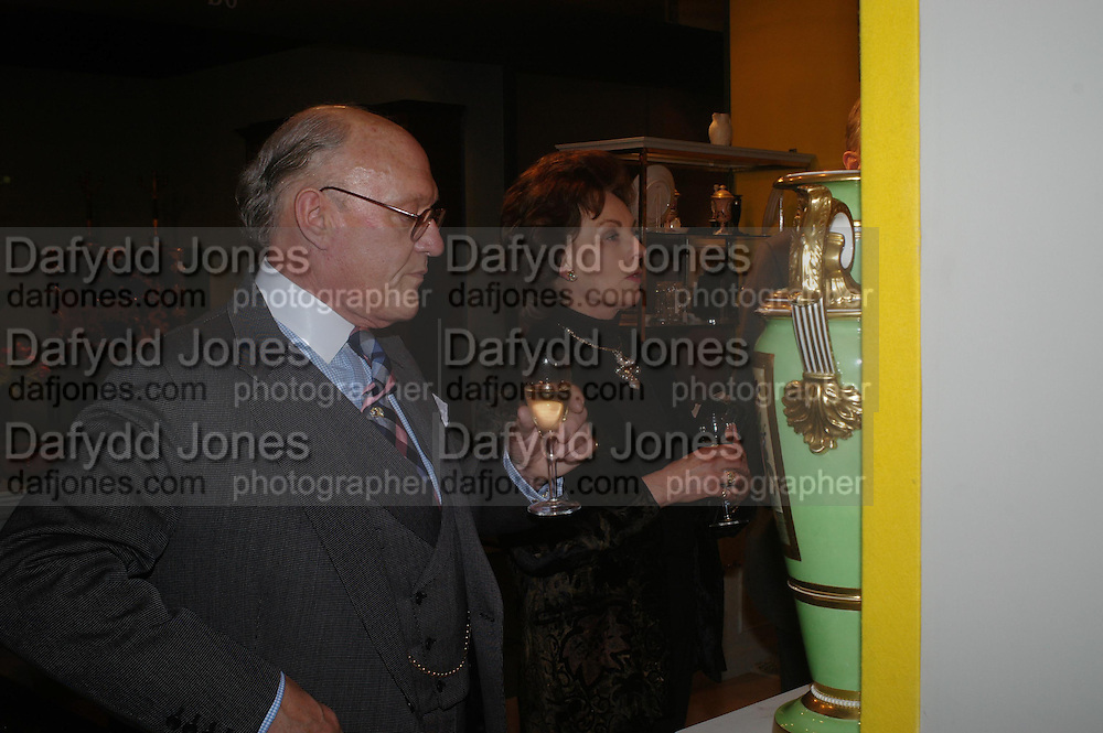 Mr. and Mrs. Giles Shepherd. BADA Antiques & Fine Art Fair - gala evening <br /> reception and dinner, held in aid of Action Medical Research. Duke of York's HQ, King's Road, London. 10 March 2005. ONE TIME USE ONLY - DO NOT ARCHIVE  © Copyright Photograph by Dafydd Jones 66 Stockwell Park Rd. London SW9 0DA Tel 020 7733 0108 www.dafjones.com