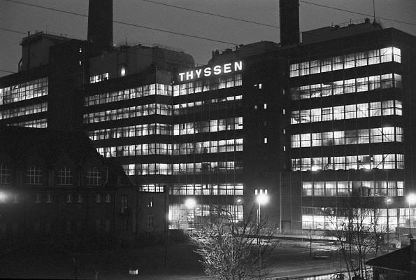 Duitsland, Essen, 10-12-1986Een staalfabriek van Thyssen. Samen met Krupp de belangrijkste en grootste bedrijven in de duitse staalindustrie.Foto: Flip Franssen/Hollandse Hoogte