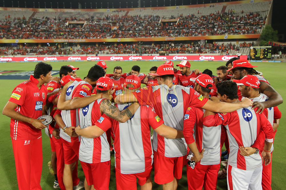 Kings Xi Punjab team meeting during match twenty five of the Vivo Indian Premier League 2018 (IPL 2018) between the Sunrisers Hyderabad and the Kings XI Punjab  held at the Rajiv Gandhi International Cricket Stadium in Hyderabad on the 26th April 2018.<br /> <br /> Photo by Saikat Das /SPORTZPICS for BCCI