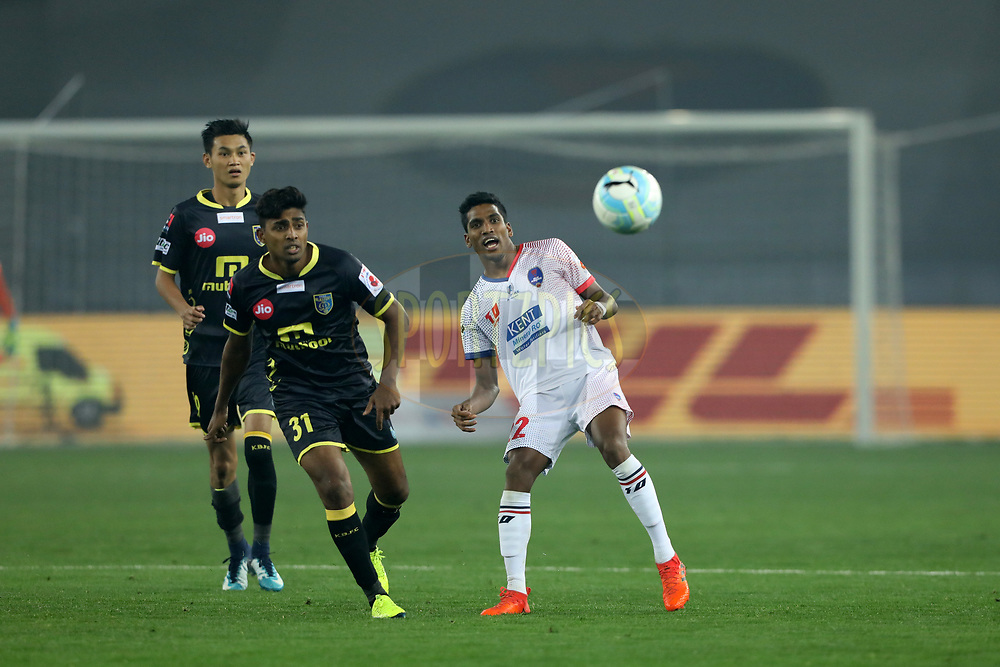 Nandhakumar Sekar  of Delhi Dynamos FC and Rino Anto of Kerala Blasters FC during match 43 of the Hero Indian Super League between Delhi Dynamos FC and Kerala Blasters FC  held at the Jawaharlal Nehru Stadium, Delhi, India on the 10th January 2018<br /> <br /> Photo by: Arjun Singh  / ISL / SPORTZPICS