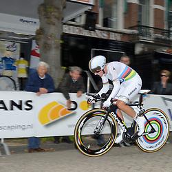 04-09-2015: Wielrennen: Ladiestour: Oosterhout<br /> OOSTERHOUT (NED) wielrennen<br /> De vierde etappe van de Holland Ladies Tour voerde de rensters rond Oosterhout in een individuele tijdrit<br /> Lisa Brennauer klokt de snelste tijd
