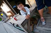 Hat Bo Phut (beach). Kid with dog.
