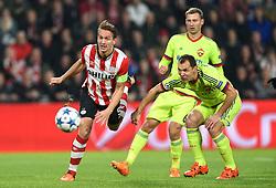 08-12-2015 NED: UEFA CL PSV - CSKA Moskou, Eindhoven<br /> PSV wint met 2-1 en plaatst zich voor de volgende ronde in de CL / Luuk de Jong #9, Sergei Ignashevich #4