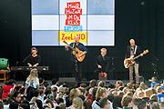 Koningin Maxima is bij ondertekening van het convenant Meer Muziek in de Klas Lokaal in De Lasloods. Maxima is erevoorzitter Meer Muziek in de Klas.<br /> <br /> Queen Maxima is signing the Meer Muziek covenant in De Klas Lokaal in De Lasloods. Maxima is honorary president of More Music in the Classroom.<br />  <br /> Op de foto / On the Photo: BLOF met Paskal Jakobsen, Peter Slager, Bas Kennis, Norman Bonink, Chris Gotte, Henk Tjoonk