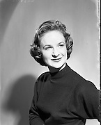 22/05/1958<br /> 05/22/1958<br /> 22 May 1958<br /> <br /> Valerie Lewis, actress - Special for Sunday Express