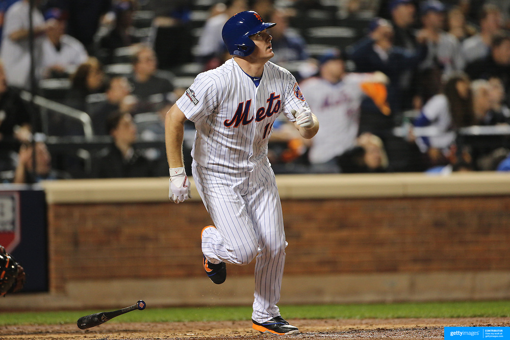 NEW YORK, NEW YORK - October 5: Jay Bruce #19 of the New York Mets batting during the San Francisco Giants Vs New York Mets National League Wild Card game at Citi Field on October 5, 2016 in New York City. (Photo by Tim Clayton/Corbis via Getty Images)