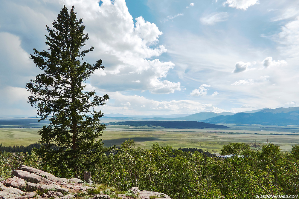 A view of South Park, colorado from the top of Kenosha Pass.
