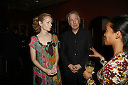 MEGAN DODDS AND ALAN RICKMAN, Vanessa Redgrave and Thelma Holt host a reception at the<br />Theatre Museum in Russell Street (in Covent Garden) to campaign proposed move of museum out of the West End. Tuesday 16 May 2006ONE TIME USE ONLY - DO NOT ARCHIVE  © Copyright Photograph by Dafydd Jones 66 Stockwell Park Rd. London SW9 0DA Tel 020 7733 0108 www.dafjones.com