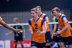 22-10-2016 NED: TT Papendal/Arnhem - Advisie SSS, Arnhem<br /> De Talenten winnen met 3-2 van SSS / Noah van Dam #2 of Talent Team