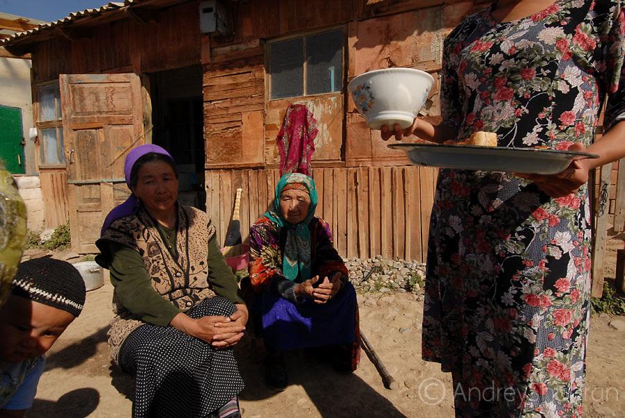 Telek village. A family