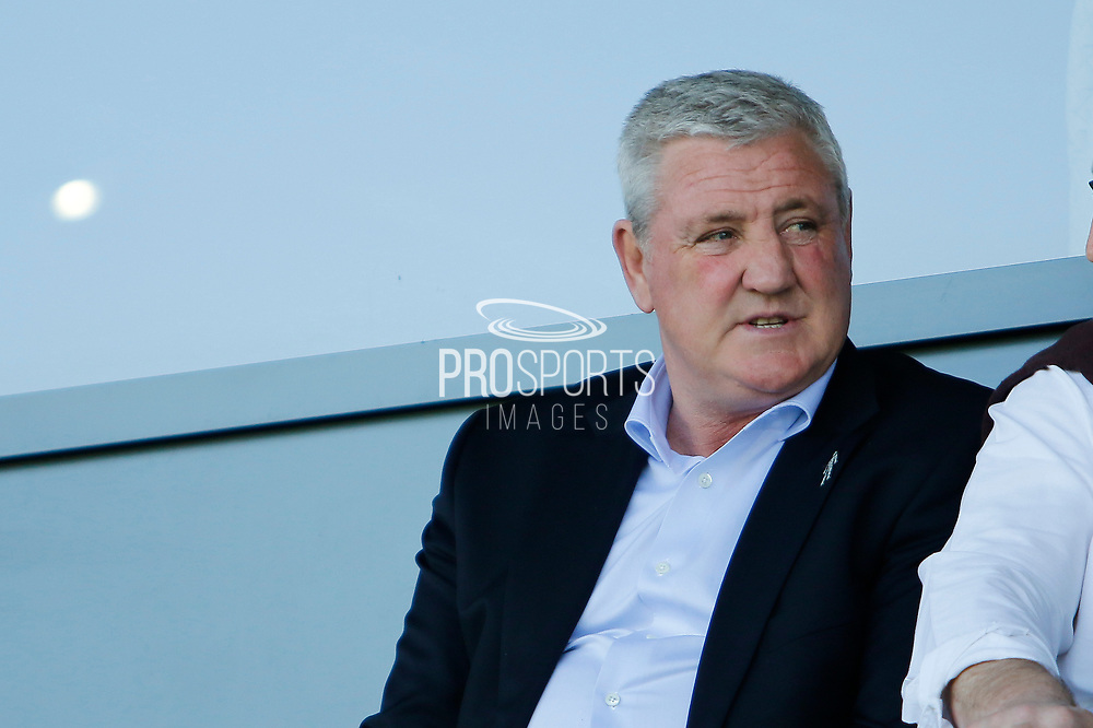 Aston Villa manager Steve Bruce during the EFL Sky Bet Championship match between Burton Albion and Aston Villa at the Pirelli Stadium, Burton upon Trent, England on 8 April 2017. Photo by Richard Holmes.