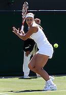 Wimbledon Championships 2012 AELTC,London,.ITF Grand Slam Tennis Tournament,.Sabine Lisicki (GER), Aktion,,Einzelbild,Ganzkoerper, Hochformat,.