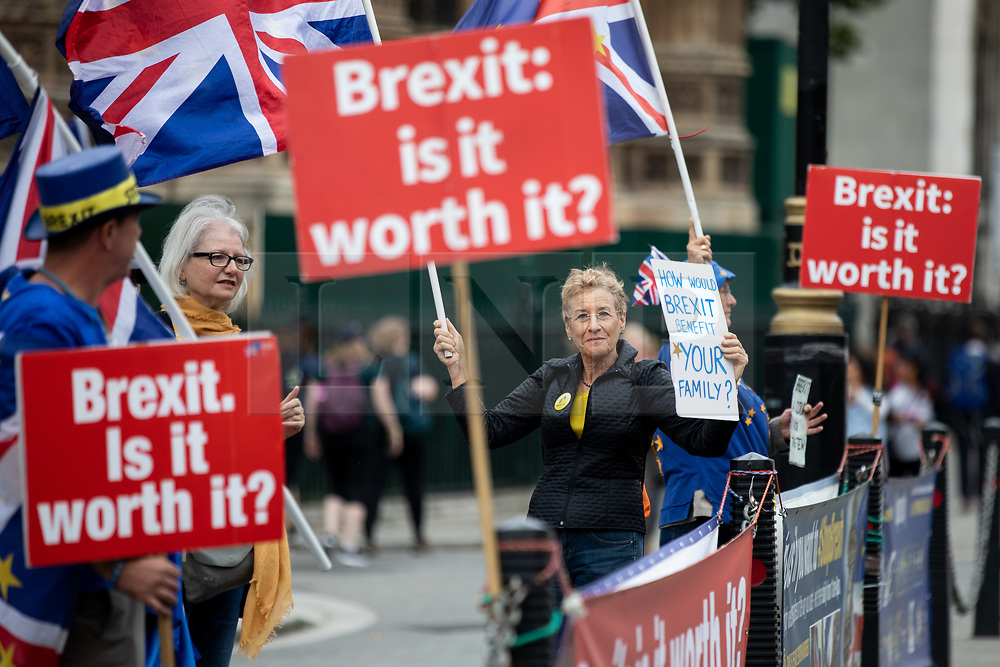 © Licensed to London News Pictures. 05/09/2018. London, UK. Anti-Brexit demonstrators campaign outside the Houses of Parliament, calling for Brexit to be stopped. Photo credit : Tom Nicholson/LNP