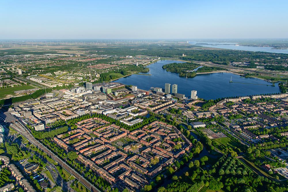 Nederland, Flevoland, Almere, 07-05-2018; Almere Stad met in de voorgrond Almere Centrum, gezien naar Weerwater en Esplanade.<br /> City centre Almere.<br /> luchtfoto (toeslag op standard tarieven);<br /> aerial photo (additional fee required);<br /> copyright foto/photo Siebe Swart