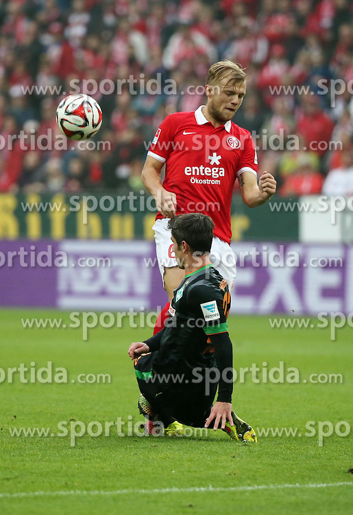 01.11.2014, Coface Arena, Mainz, GER, 1. FBL, 1. FSV Mainz 05 vs SV Werder Bremen, 10. Runde, im Bild v.l.: Fin Bartels (Bremen) gegen Johannes Geis (Mainz) // during the German Bundesliga 10th round match between 1. FSV Mainz 05 and SV Werder Bremen at the Coface Arena in Mainz, Germany on 2014/11/01. EXPA Pictures &copy; 2014, PhotoCredit: EXPA/ Eibner-Pressefoto/ Neurohr<br /> <br /> *****ATTENTION - OUT of GER*****