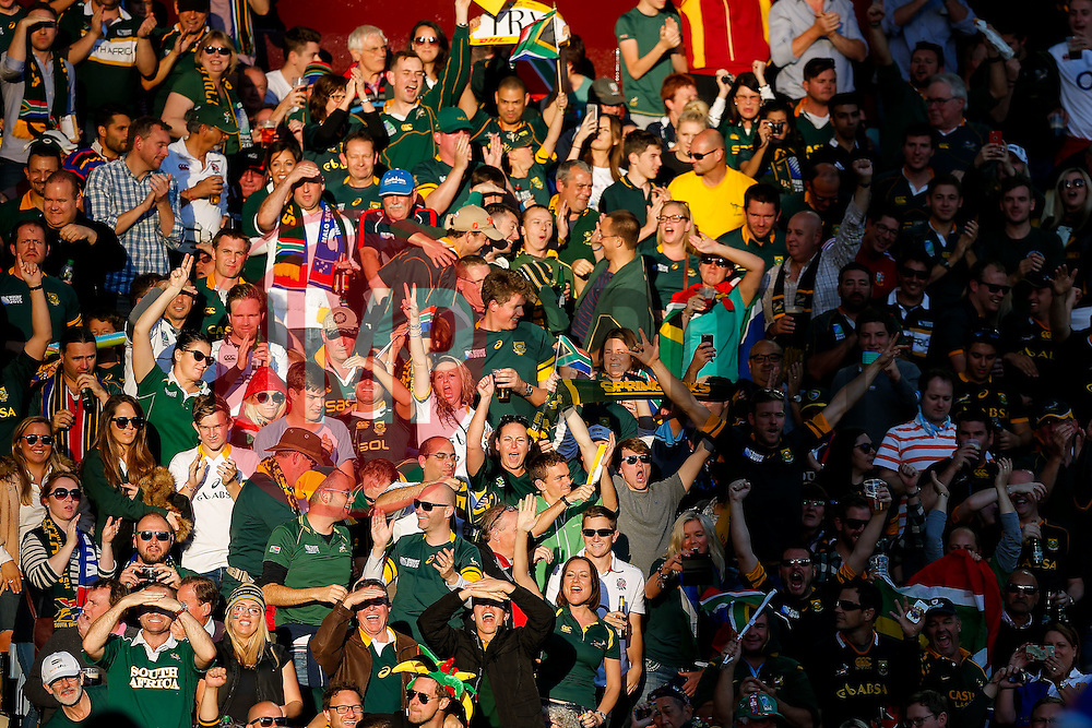 South Africa fans celebrate a try - Mandatory byline: Rogan Thomson/JMP - 07966 386802 - 26/09/2015 - RUGBY UNION - Villa Park - Birmingham, England - South Africa v Samoa - Rugby World Cup 2015 Pool B.