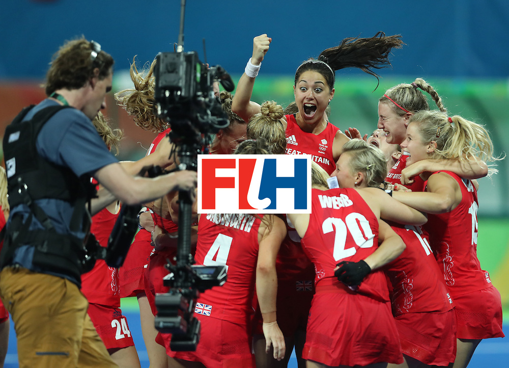 RIO DE JANEIRO, BRAZIL - AUGUST 19:  Great Britain celebrates after winning a penalty shoot outl during the Women's Hockey final between Great Britain and the Netherlands on day 14 at Olympic Hockey Centre on August 19, 2016 in Rio de Janeiro, Brazil. (Photo by Ian MacNicol/Getty Images)