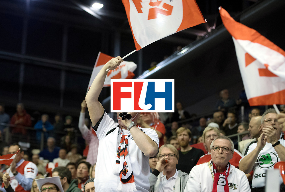 BERLIN - Indoor Hockey World Cup<br /> SF2 Australia - Austria<br /> foto: Fans<br /> WORLDSPORTPICS COPYRIGHT FRANK UIJLENBROEK