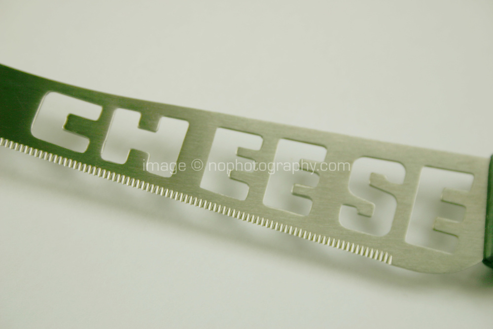 Cheese knife with text