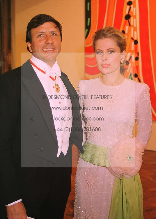 The HON.SIR ROCCO &amp; LADY FORTE at a dinner in London on 27th May 1998.<br /> MHX 44