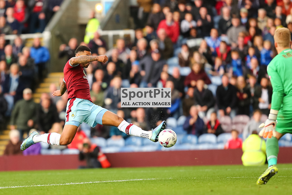 Andre Gray of Burnley scoring for Burnley during Burnley v Bolton, Sky Bet Championship, 17 October 2015,  (c) Jackie Meredith/SportPix.org.uk
