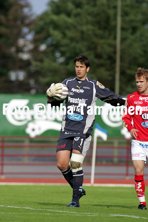 05.07.2004, Pori, Finland..Veikkausliiga 2004 / Finnish League 2004.FC Jazz v AC Allianssi.Sami Sinkkonen - FC Jazz.©Juha Tamminen.....ARK:k