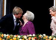 AMSTERDAM - De inhuldiging van Koning Willem Alexander. Met op de foto  Koning Willem-Alexander, Prinses Beatrix en Koningin Maxima. FOTO LEVIN DEN BOER - PERSFOTO.NU