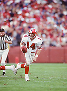 SAN FRANCISCO - NOVEMBER 23:  Turk Schonert #14 of the Atlanta Falcons plays in a National Football League game against the San Francisco 49ers on November 23, 1986 at Candlestick Park in San Francisco, California. (Photo by David Madison/Getty Images)