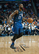OKLAHOMA CITY, OK - FEBRUARY 26: Orlando Magic Forward Jonathon Simmons (17) looking to make a play versus Oklahoma City Thunder at Chesapeake Energy Arena Oklahoma City, OK (Photo by Torrey Purvey/Icon Sportswire)