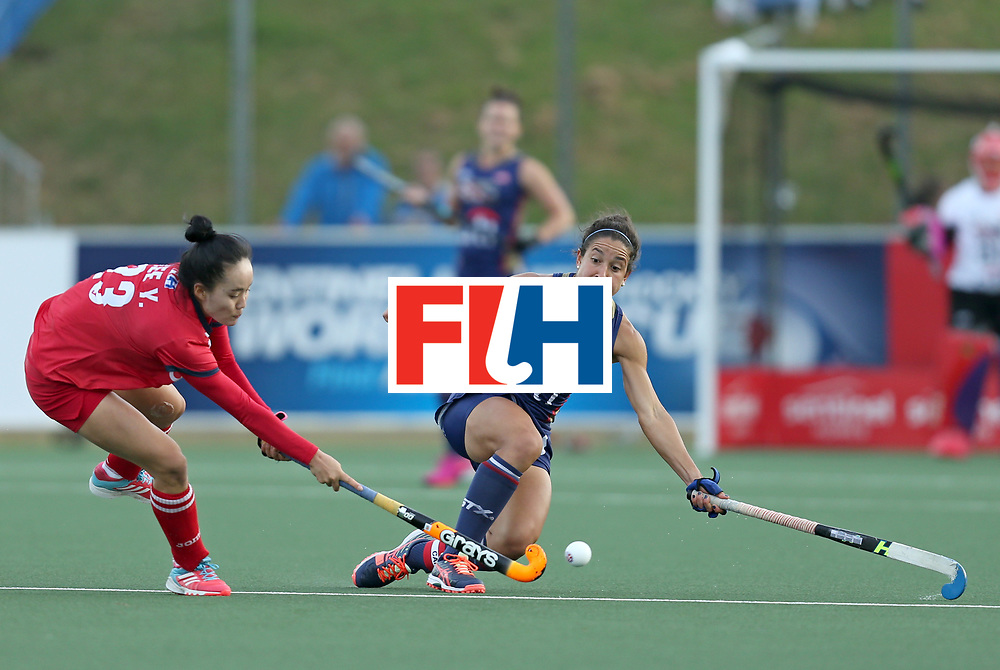 New Zealand, Auckland - 17/11/17  <br /> Sentinel Homes Women&rsquo;s Hockey World League Final<br /> Harbour Hockey Stadium<br /> Copyrigth: Worldsportpics, Rodrigo Jaramillo<br /> Match ID: 10291 - USA vs KOR<br /> Photo: (5) GONZALEZ Melissa (C) defend&iacute; against (23) LEE Yuri