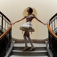 23-04-09 Costume Fashion